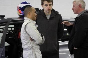 Nicholas Hamilton test voor Renault Clio Cup