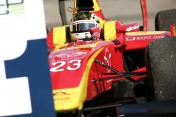 Clos wint in Imola, Grosjean kampioen