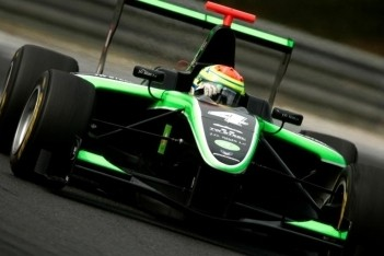 Sims snelste op eerste testdag in Valencia