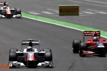 """Hispania-duo: """"Auto was nauwelijks te besturen"""""""
