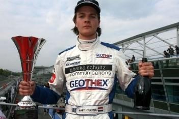 Bart Hylkema maakt promotie in Britse F3