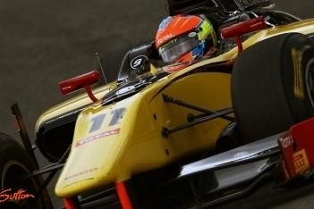 Grosjean wint tweede race op verraderlijke Ring