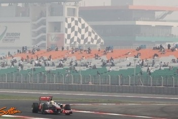 Hamilton snelste tijdens eerste training India