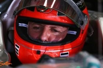 Schumacher krabt zich achter het oor na slechte dag