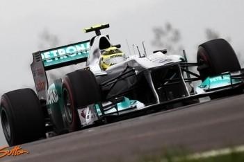 Mercedes niet van plan uit de FOTA te stappen