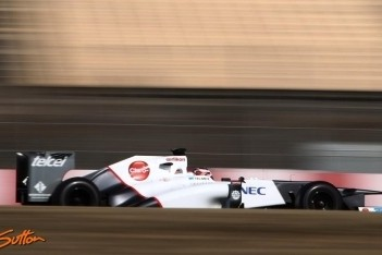 Kobayashi naar snelste tijd op laatste dag