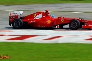 Ferrari probeert van alles op vrijdag in Maleisië