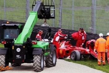 Alonso van de baan tijdens laatste testdag