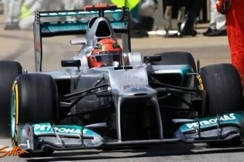 Mercedes biedt Schumacher excuses aan