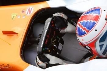 Di Resta valt in thuisrace uit door kapotte vloer