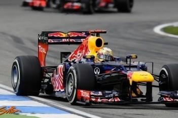 """Vettel: """"Hamilton had ons moeten respecteren"""""""