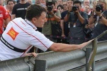 MotoGP-wereld staat stil bij dood Simoncelli