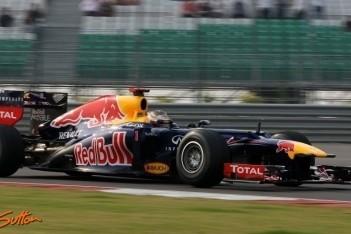 Vettel ook in laatste training niet te verslaan