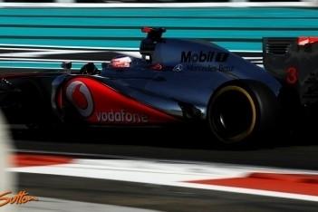 Button grijpt naast podiumplek in Abu Dhabi