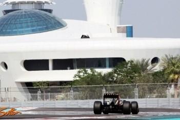 Prost blij met eerste serieuze meters voor Lotus