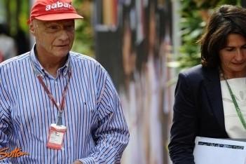 Lauda maakt meer tijd vrij voor Mercedes
