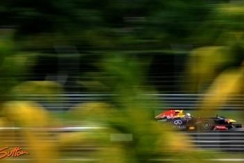 Vettel eindigt bovenaan in derde vrije training