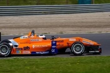 Rosenqvist snelste op eerste dag in Zandvoort