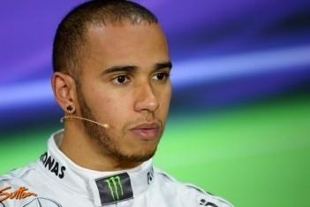 Hamilton niet te spreken over nieuwe banden