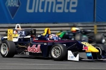 Blomqvist finisht als achtste maar krijgt zege