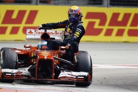 Webber bestraft na meerijden met Alonso