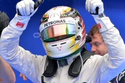 """Hamilton: """"Ik kon de baan, de bochten en Alonso niet zien"""""""