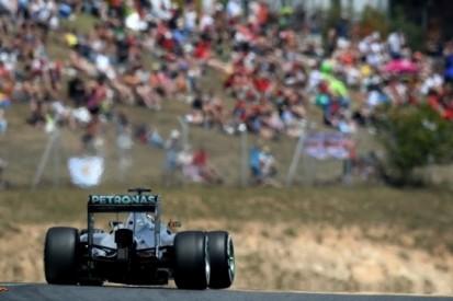 Mercedes belooft coureurs vrij te laten racen in Spanje