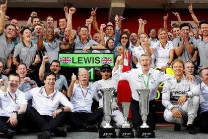 Hamilton pakt leiding in het kampioenschap na Spaanse zege