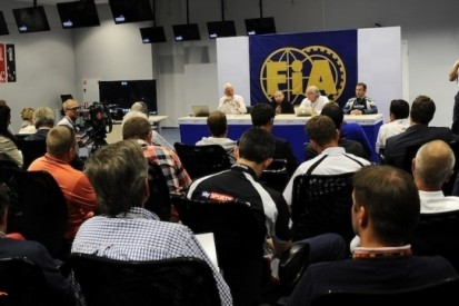 FIA met teams om tafel over aanpassing gele vlag-regel