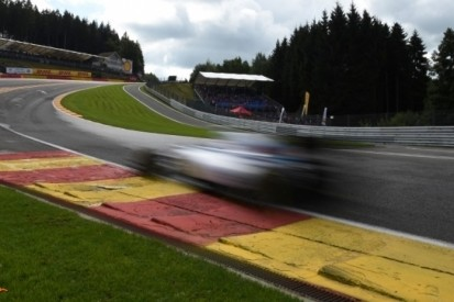 Spa en Infiniti in de clinch om naam Eau Rouge