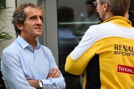 """Prost: """"Mercedes erg lastig te achterhalen voor Renault"""""""