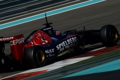 Vlammende tweede testdag voor Verstappen in Abu Dhabi