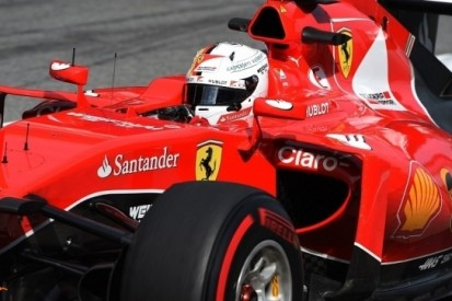 Vettel zet Ferrari op dezelfde hoogte als Williams