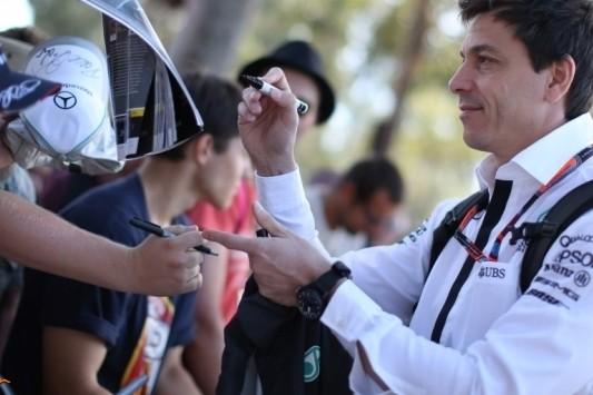 Wolff erg onder de indruk van prestaties Ferrari