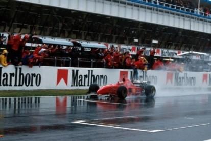 Oude herinneringen: Schumacher ontpopt zich tot regenkoning