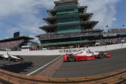 Montoya zegeviert op Indianapolis na spektakelstuk