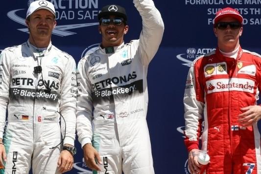 Hamilton pakt pole, Verstappen achteraan na twaalfde tijd
