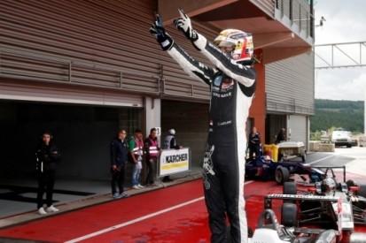 Leclerc zegeviert voor Van Amersfoort in Spa, weer veel crashes