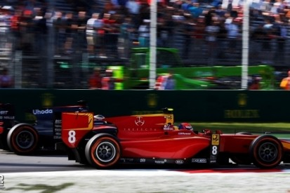 Rossi blijft Vandoorne voor, Van Buuren crasht