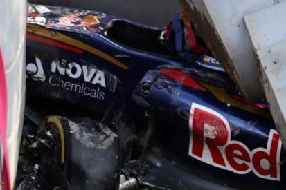 Zware crash Sainz Jr. brengt einde aan derde training