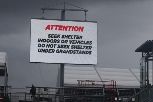 Regen en onweer stoppen Formule 1-actie in Austin