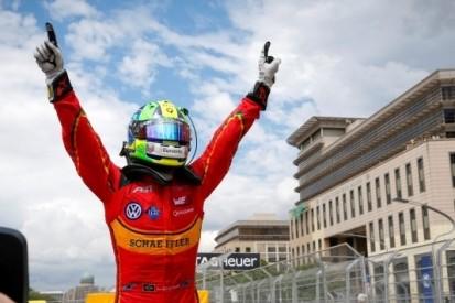 Frijns derde, Di Grassi overwint in Maleisische slijtageslag
