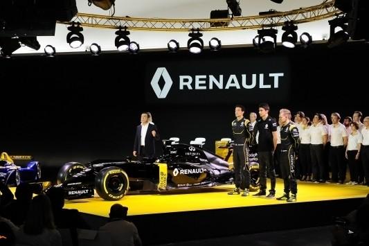Het nieuwe Renault: zwart, reëel en nieuwe gezichten