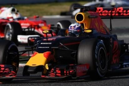 Jones ziet in Ricciardo opvolger Raikkonen bij Ferrari