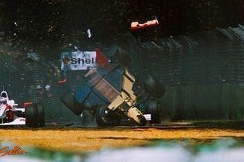 """Brundle over crash in 1996: """"Ik dacht: dit vind ik niet leuk"""""""