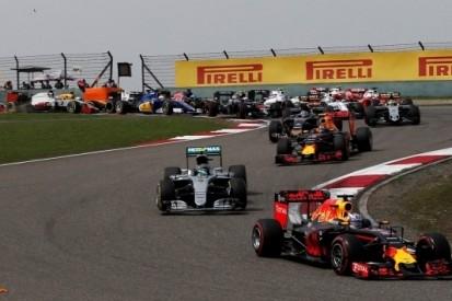 """Horner optimistisch: """"We zitten Ferrari op de hielen"""""""