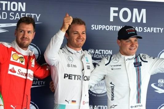 Rosberg op pole in Rusland, problemen voor Hamilton