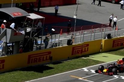 Hill vergelijkt 'fenomenale' Verstappen met Schumacher