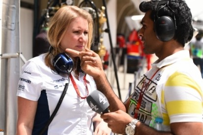 Williams legt Chandhok vast als 'Official Heritage Driver'