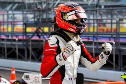 In beeld: Ocons razendsnelle route richting de Formule 1
